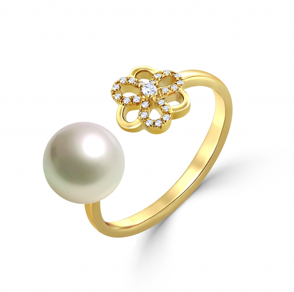 Flower With Fresh water Pearl Ring