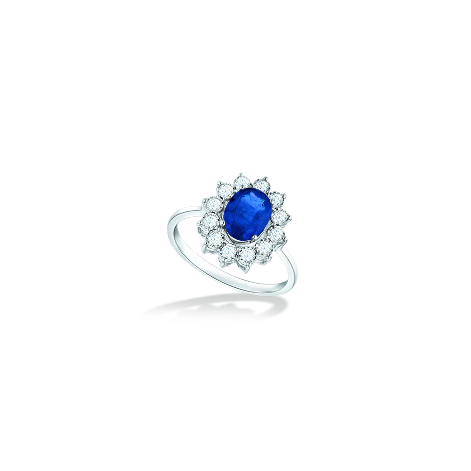 Classic Diana Blue Sapphire Ring